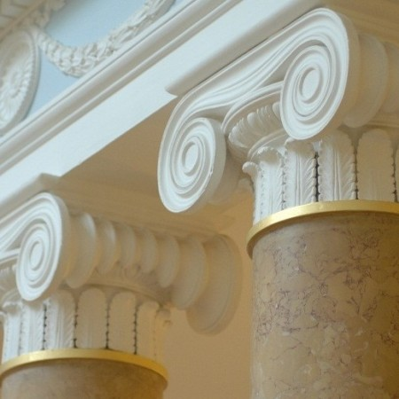Feature columns on the gallery landing
